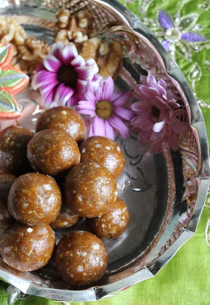 walnut ladoo recipe