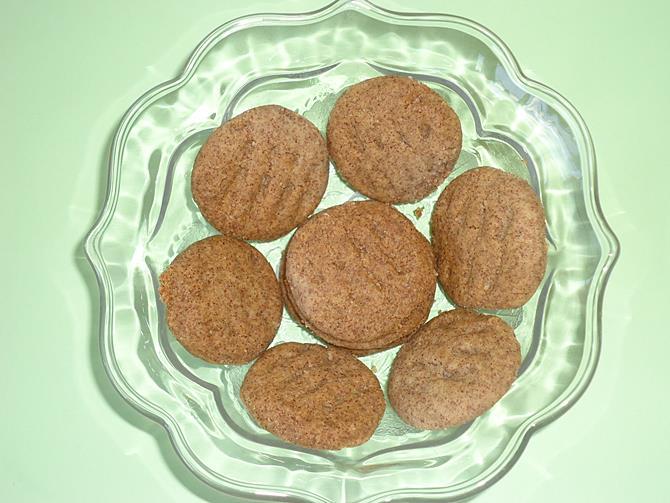 ragi biscuit eggless