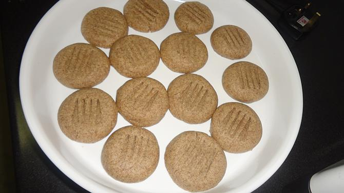 baking dough for ragi biscuit