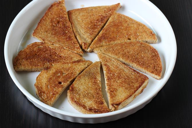 arranging sugared fried bread for double ka meetha recipe