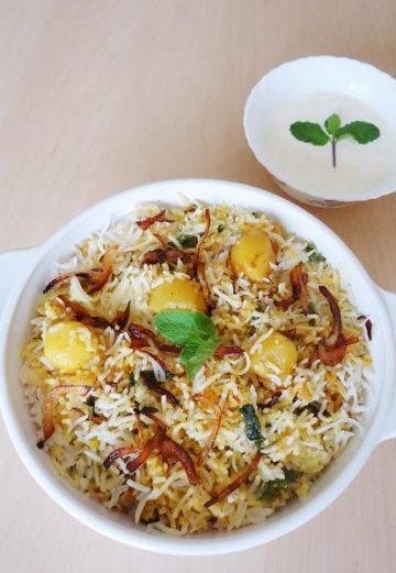 Aloo dum biryani | Potato biryani