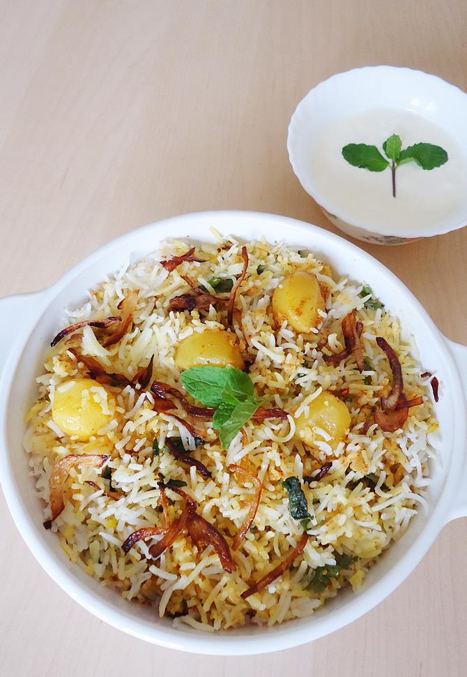 Aloo Dum Biryani Recipe How To Make Dum Potato Biryani Recipe