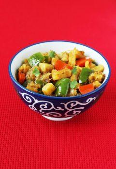 Aloo capsicum recipe | Dry aloo capsicum curry recipe