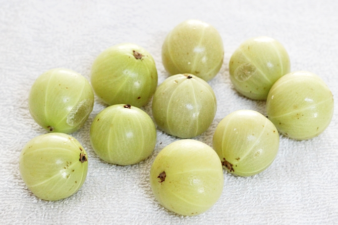 amla gooseberries