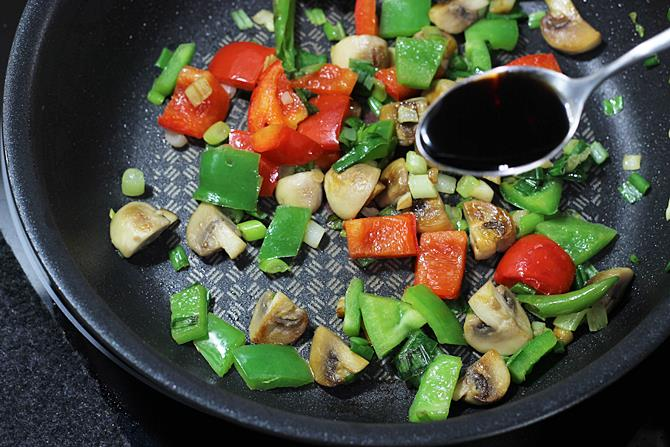 soya sauce in chilli mushroom stir fry recipe