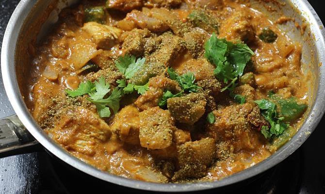 Kadai chicken recipe | Chicken karahi - Swasthi's Recipes