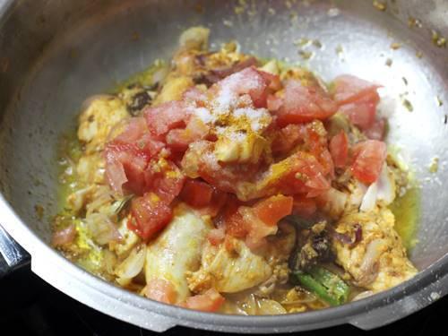 saute tomatoes, salt, turmeric