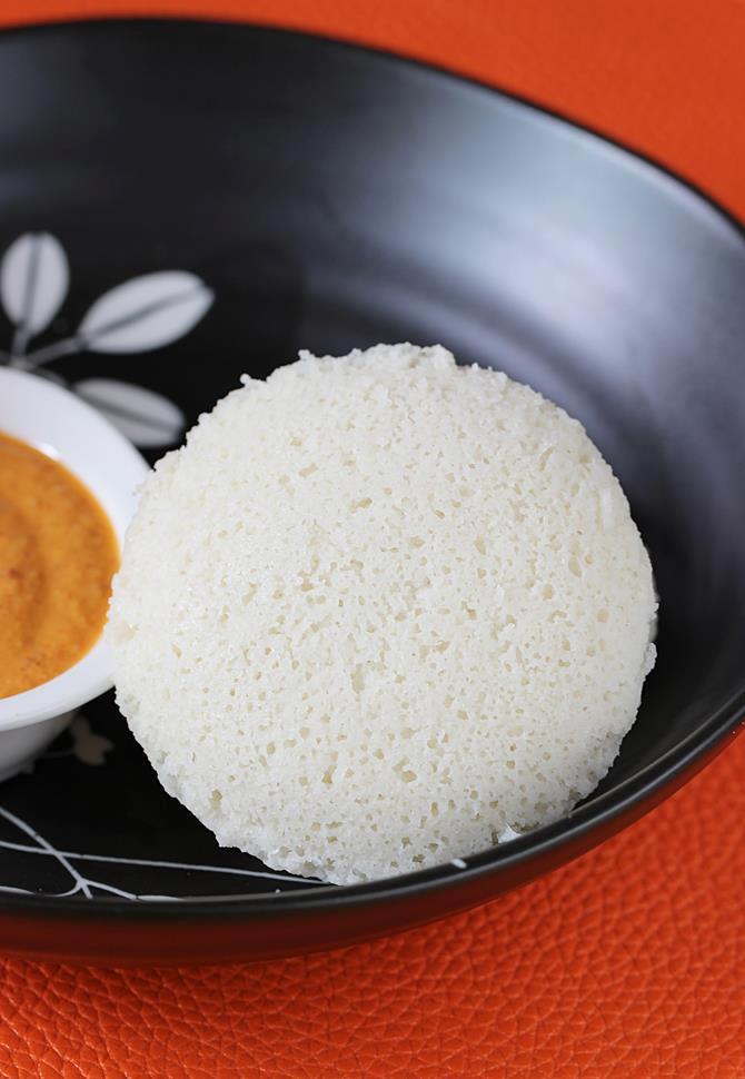 soft idli recipe swasthis recipes