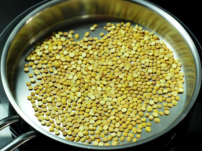 dals turn golden for rasam powder