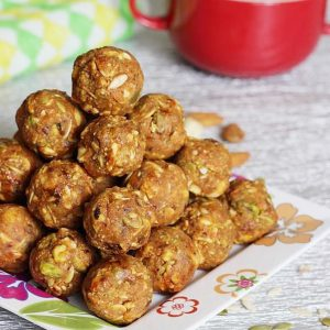 Dry fruits laddu recipe | Make dry fruits ladoo with jaggery