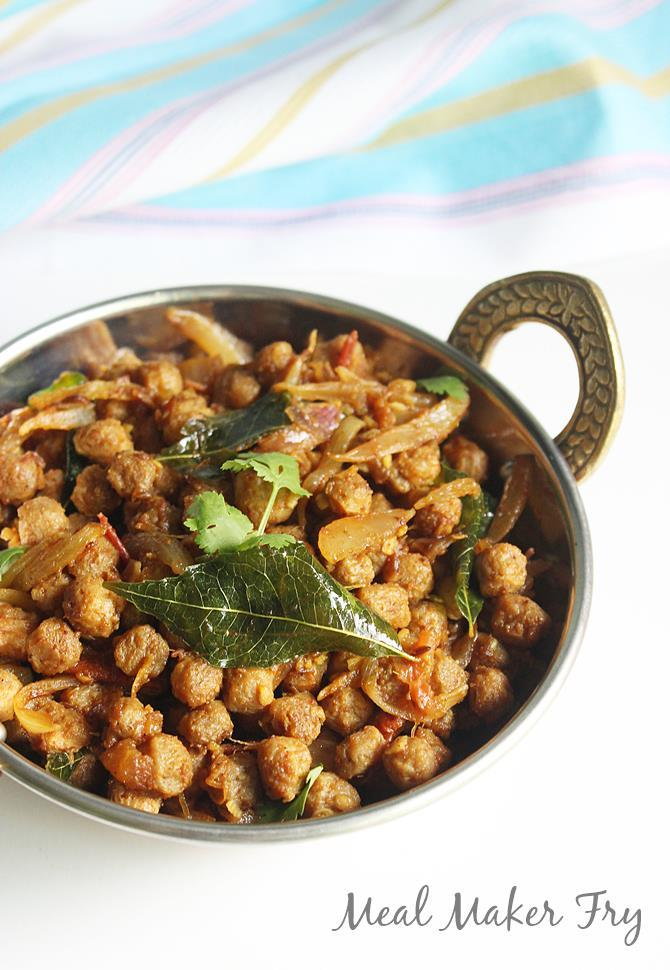 garnished soya chunks fry
