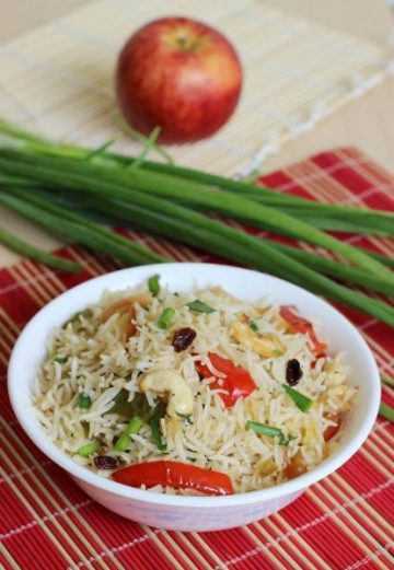 Kids lunch box recipes 100 healthy recipes for kids lunch snack box apple fried rice recipe forumfinder Image collections