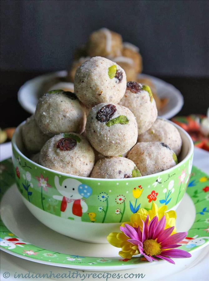 almond ladoo with sugar