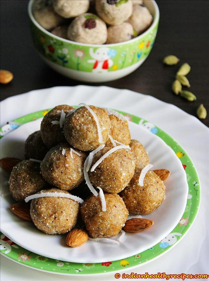 store almond ladoo in airtight jar