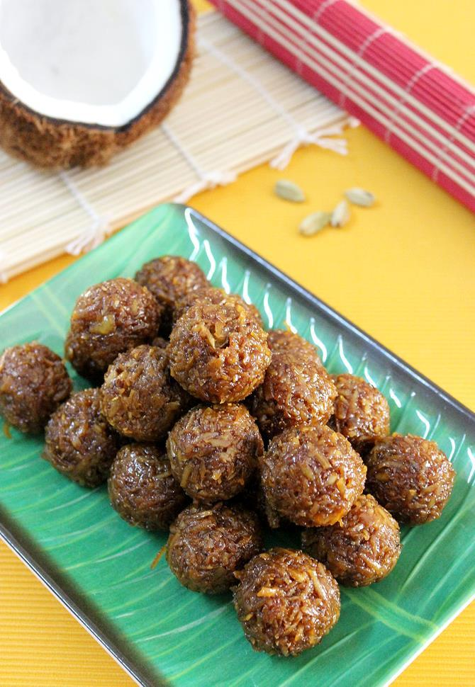 coconut ladoo recipe with jaggery, kobbari louz swasthis