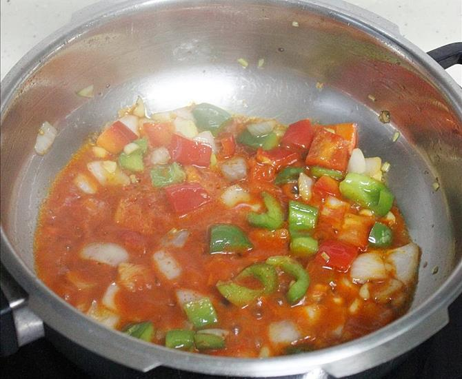addition of prepared sauces to chilli fish recipe