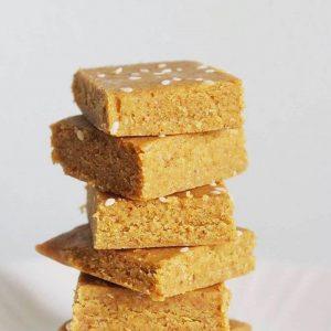 Almond burfi recipe with jaggery | Badam barfi recipe with jaggery