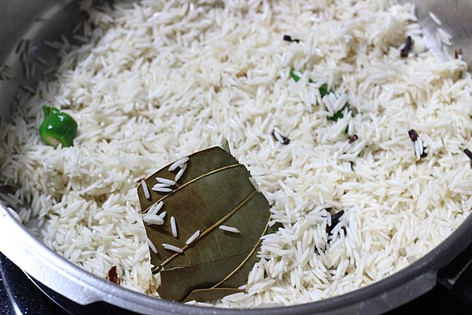 Ghee rice recipe video how to make ghee rice recipe with kurma frying rice for making ghee rice recipe ccuart Gallery