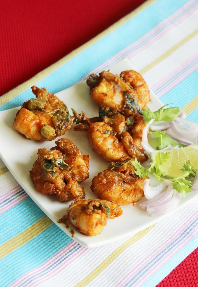 prawn pakora recipe, prawn fritters recipe