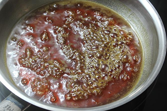 boiling syrup to thicken for teepi undrallu recipe