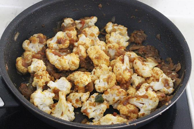 frying cauliflower for curry recipe