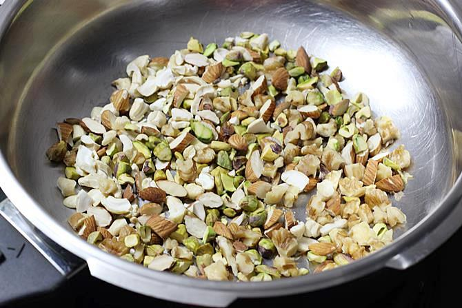 dry roasting nuts for making anjeer barfi recipe