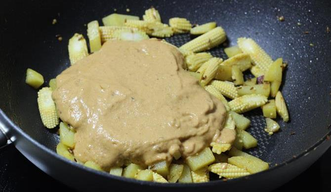 addition of aloo for baby corn gravy recipe