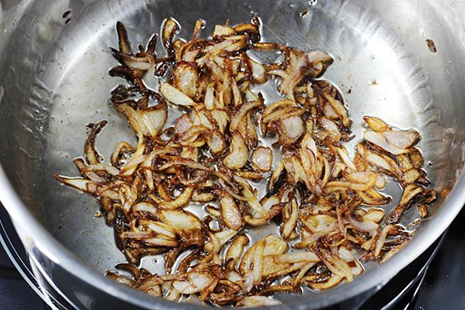 golden fried onions for veg biryani
