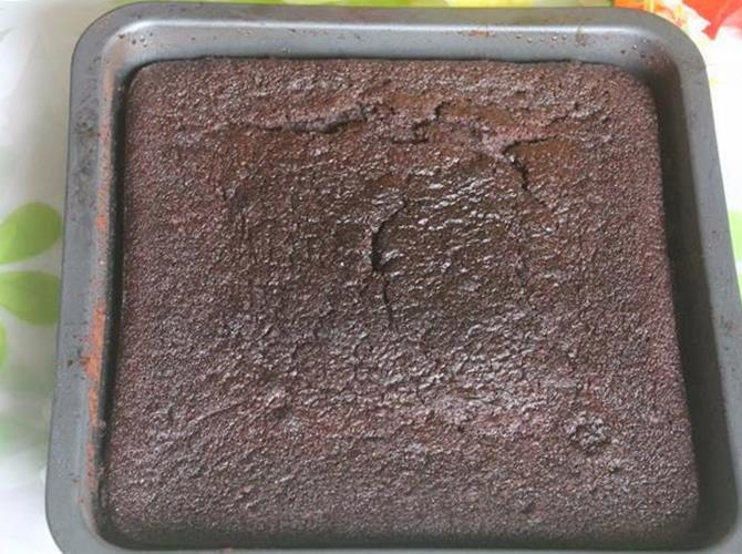 Simple Moist Delicious Chocolate Cake Recipe Ready