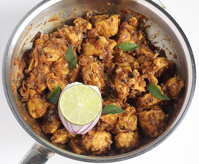 south indian spicy pepper chicken dry