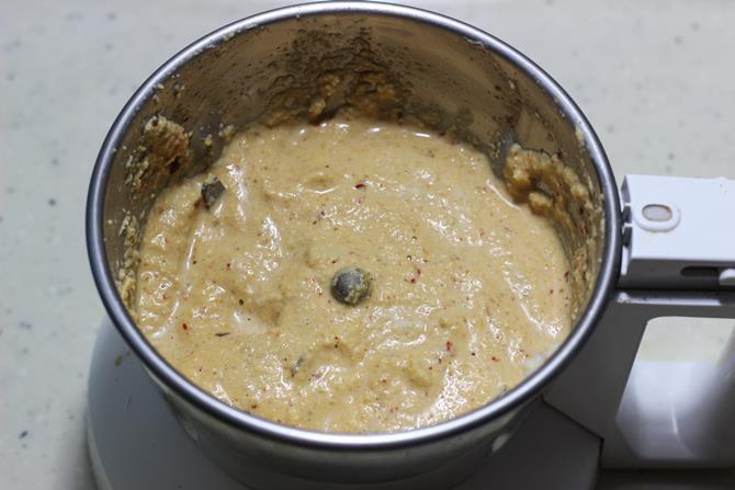 add water to make smooth paste for sorakkai kootu