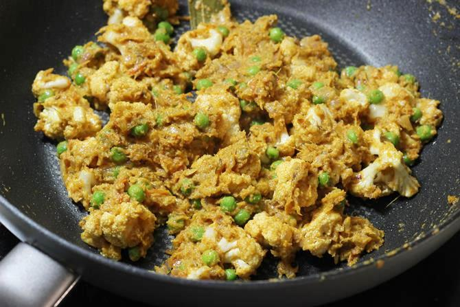 frying masala for cauliflower kurma recipe