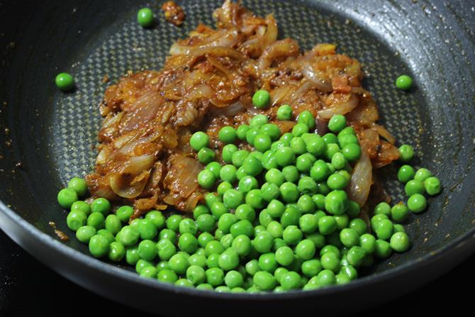 addition of peas in cabbage curry recipe