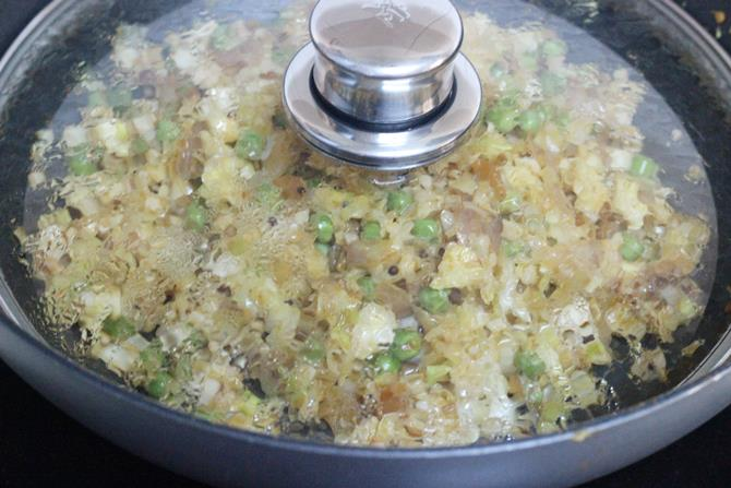 cooking cabbage curry recipe