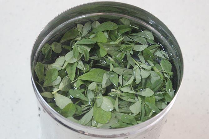 methi leaves for methi khichdi recipe