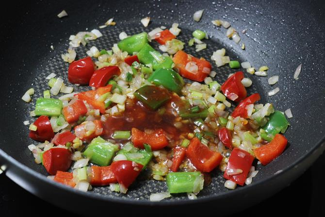 adding in more chilli powder in manchurian sauce