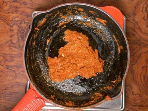 frying masala to make mutter paneer