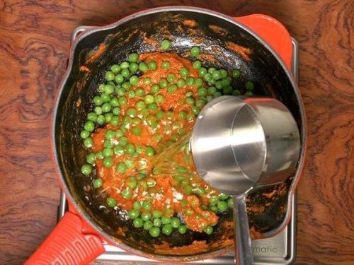 adding peas & water