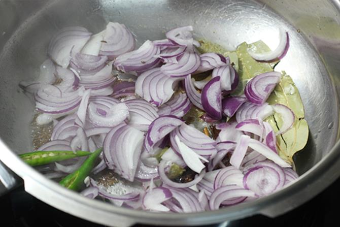 frying onions to golden in pulao recipe
