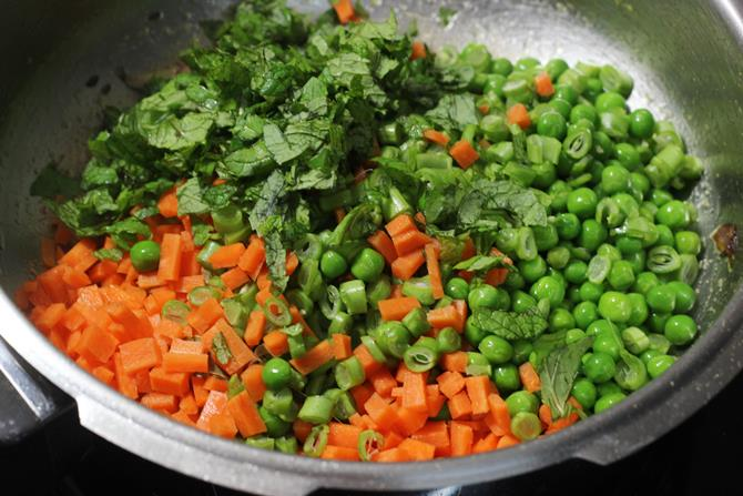 addition of mixed veggies to make vegetable pulao recipe