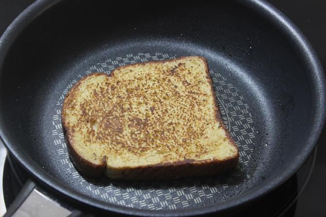 buttered golden toasted french toast