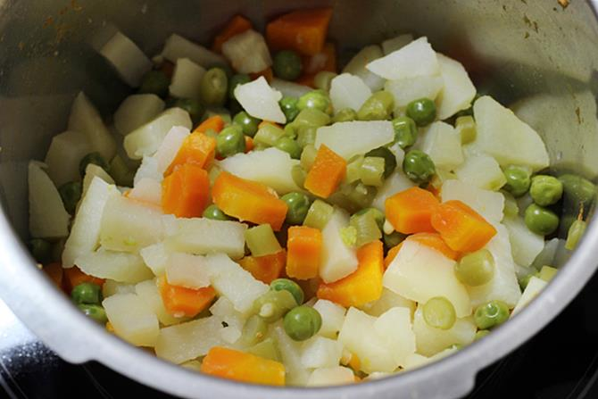 steamed veggies to make veg cutlet recipe
