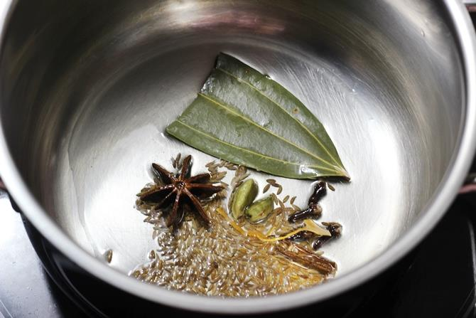sauteing dry spices in oil for veg kurma recipe