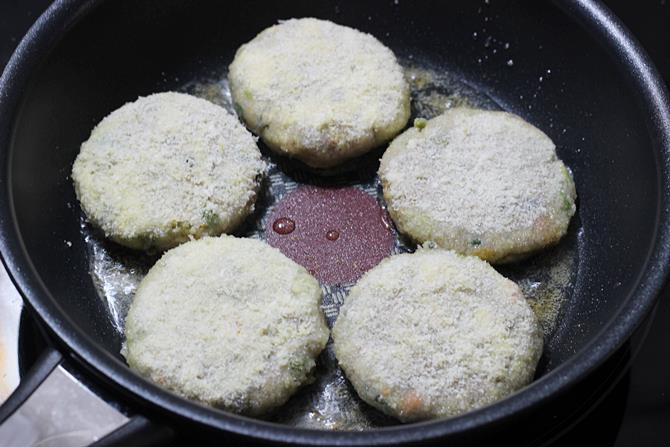 shallow frying vegetable cutlet recipe