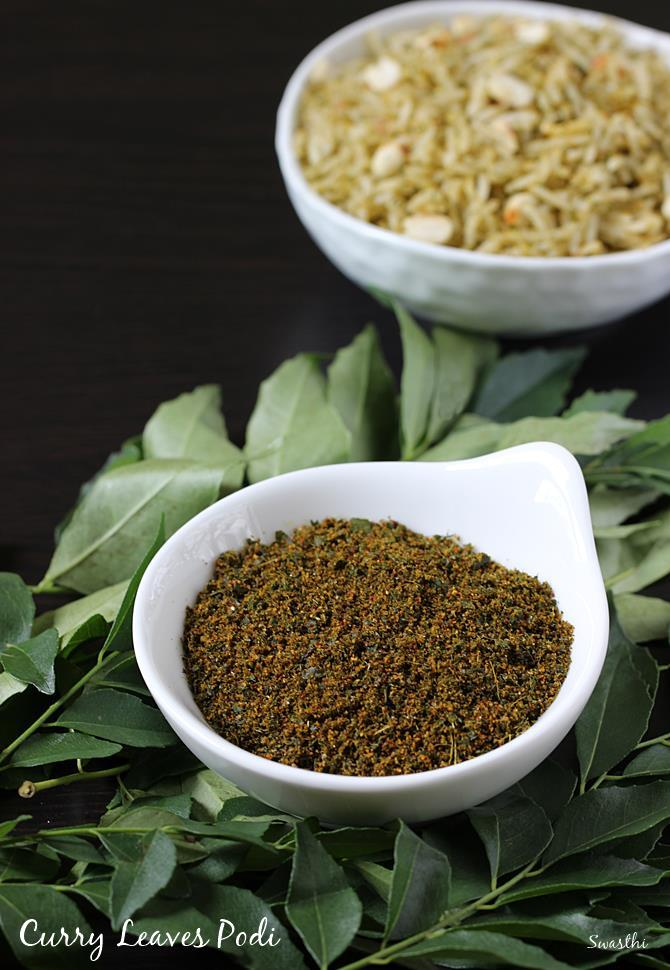 store in glass jar curry leaves powder
