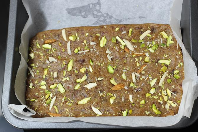 cooked mixture for dates burfi recipe