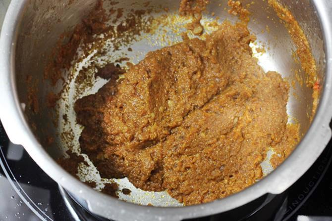 cooking spiced mix for rajma masala