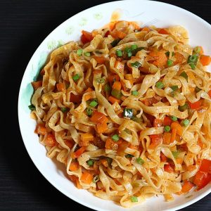 Schezwan noodles recipe | How to make spicy veg noodles