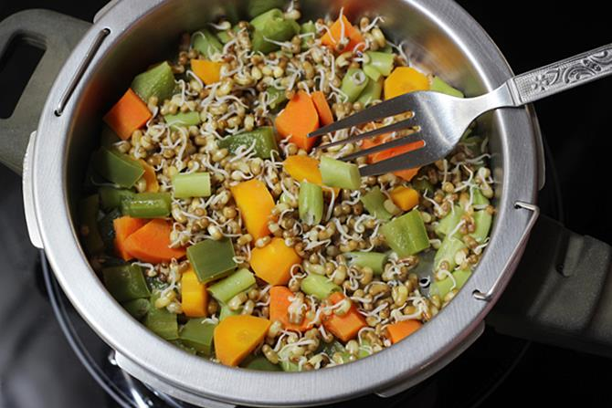 aldente steamed veggies to make sprouts soup