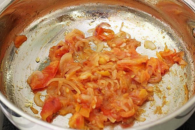 onion tomato masala for fish gravy recipe